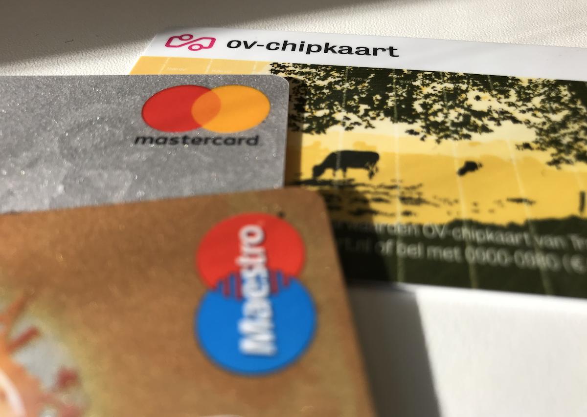 Reizen met een betaalkaart